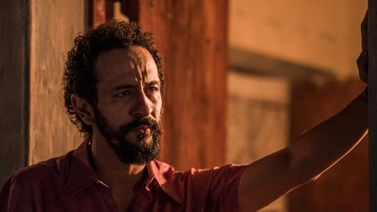 Irandhir Santos viverá Bento na segunda fase de 'Velho Chico'; veja primeira foto do personagem