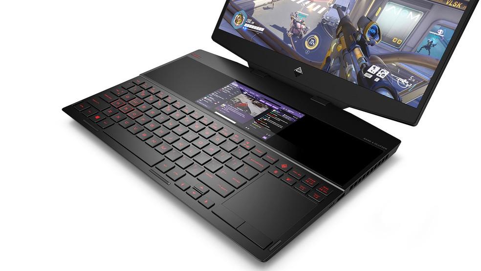 Segunda tela acaba deslocando o touchpad para a direita � Foto: Divulgação/HP