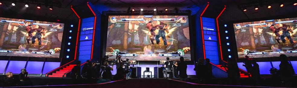 Capcom Cup de 2015 marcou o fim do ciclo de competições de Street Fighter IV — Foto: Divulgação/Capcom