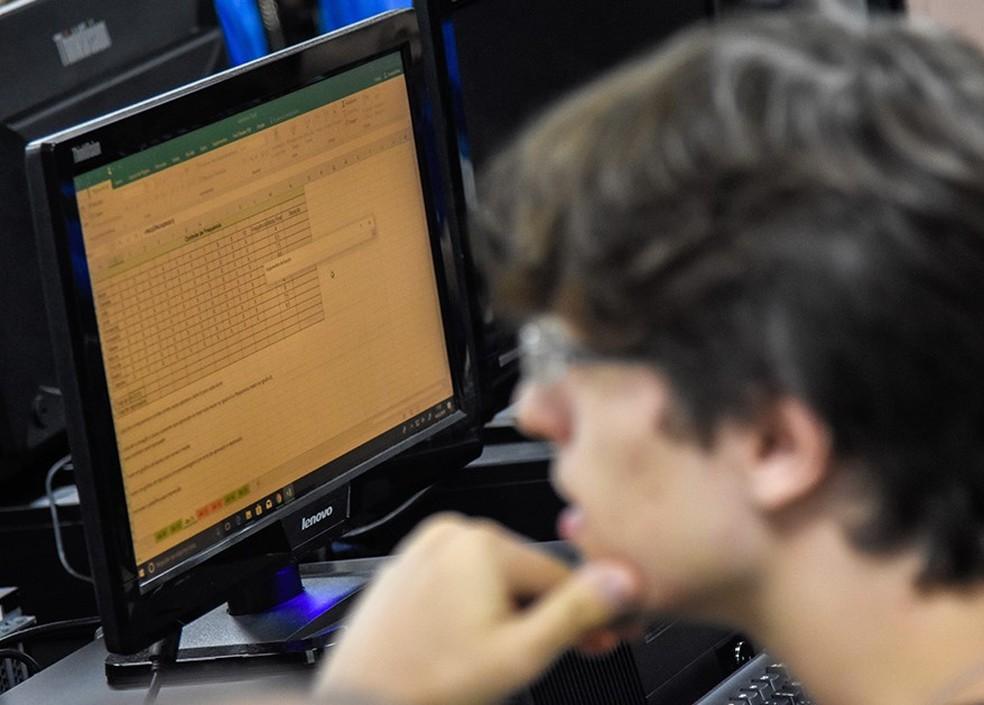 Aluno do curso de Informática do Senac, em imagem de arquivo — Foto: Senac DF/ Divulgação