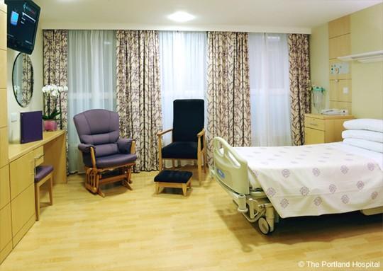 Quarto do The Portland Hospital, em Londres (Foto: Divulgação)