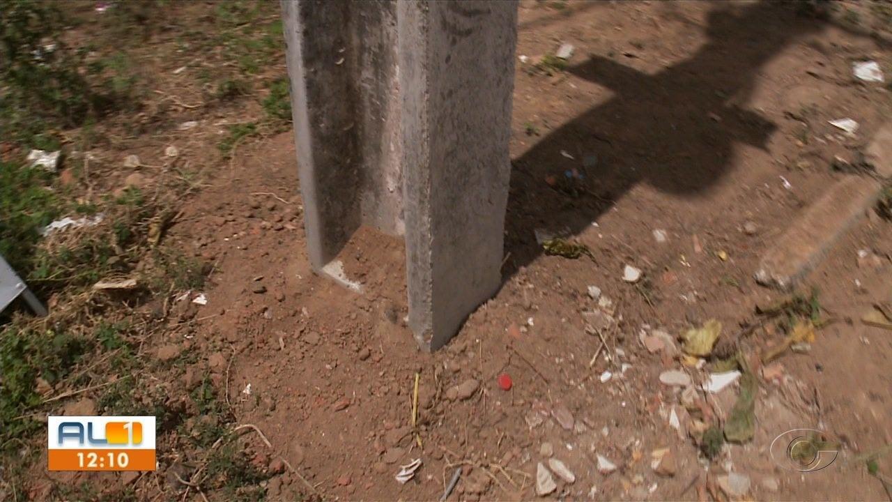 Resolvido o problema com poste que causava transtornos aos moradores do Benedito Bentes