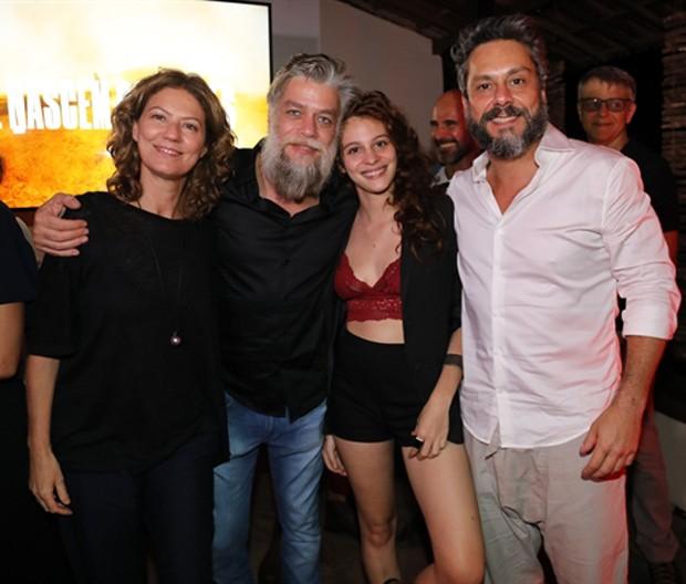 Patrícia Pillar, Alexandre Nero, Lara Tremouroux e Fábio Assunção (Foto: Globo/João Miguel Júnior)