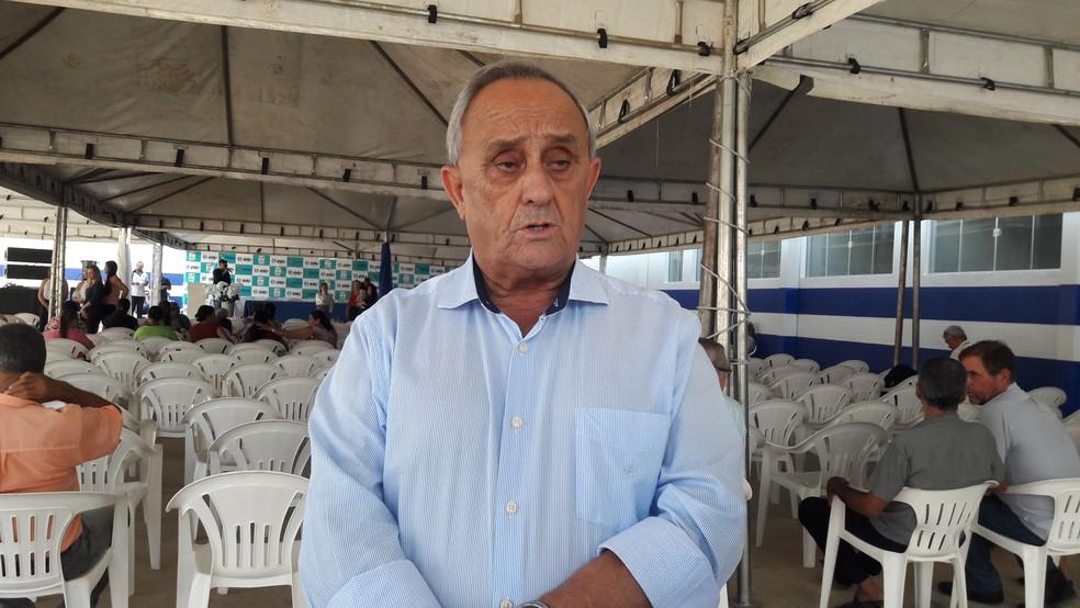 Presidente da associação que reconstruiu hospital (Foto: Rede Amazônica/Rinaldo Moreira)