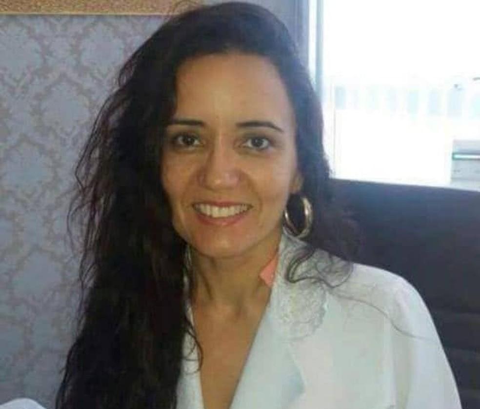 A médica ginecologista e obstetra Irisangela Teixeira (Foto: Divulgação/Sá Cavalcante)