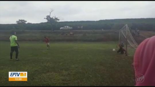 Enquete: 84,65% dos internautas dariam o gol em pênalti em campeonato rural de MG