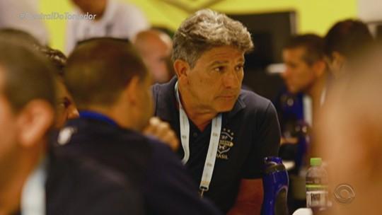 Após ausência de Renato em curso, Grêmio se esquiva e aguarda definição da CBF
