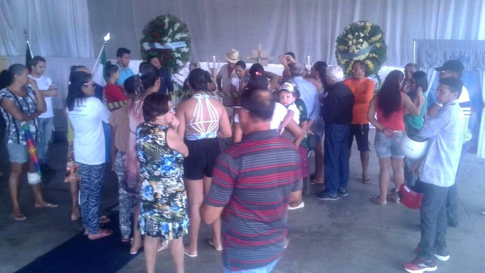 Velório de Eliza Clívia acontece em Livramento, cidade onde ela nasceu (Foto: Flávio Leite/Prefeitura de Livramento)