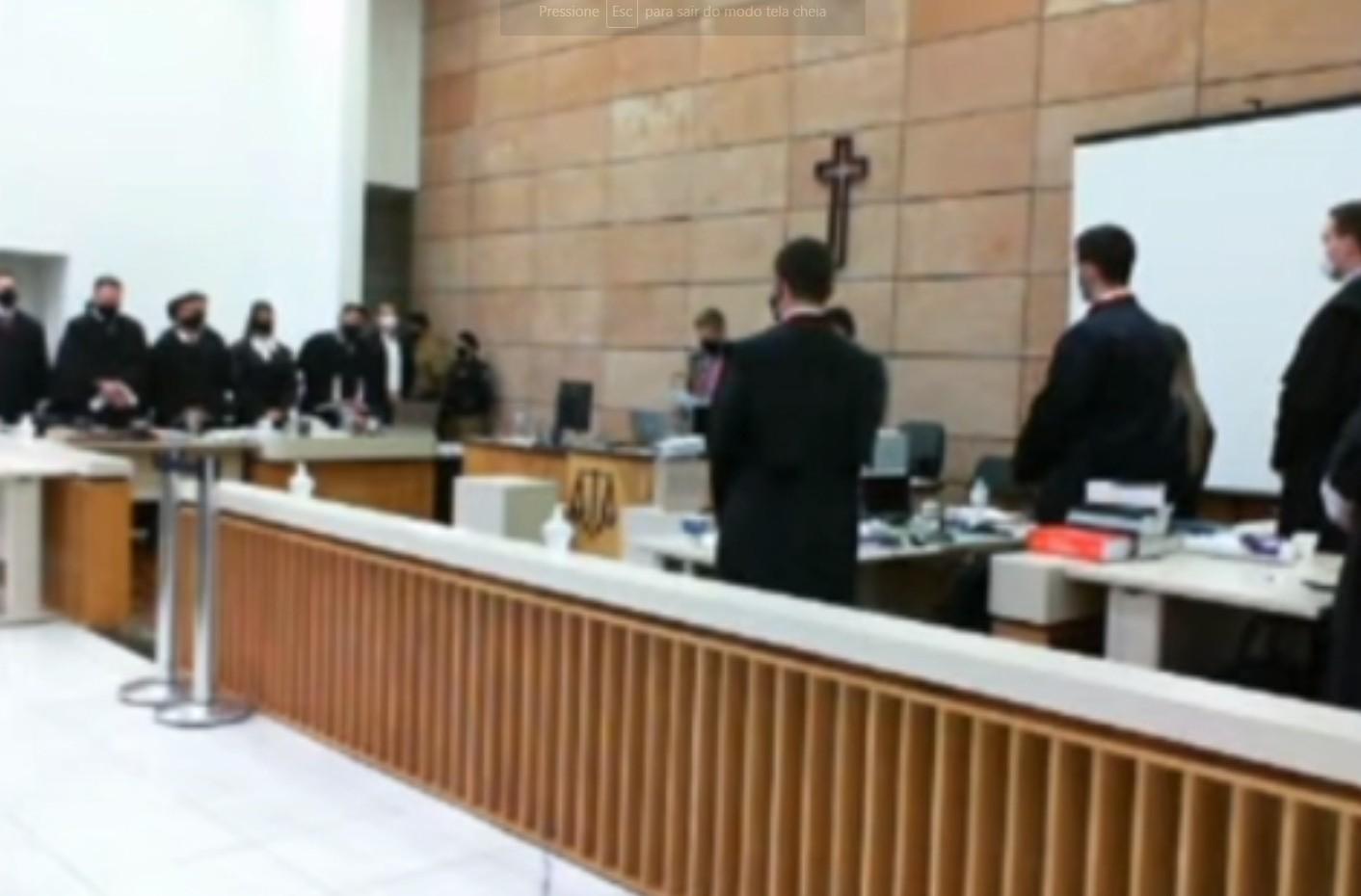 Caso Tatiane Spitzner: entenda como foi composto o júri popular de Luis Felipe Manvailer, com sete jurados homens