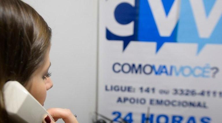 Coordenador do CVV, em Caruaru, ressalta importância dos cuidados com a saúde mental