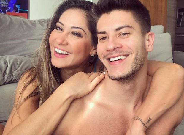 Mayra Cardi e Arthur Aguiar (Foto: Reprodução / Instagram)