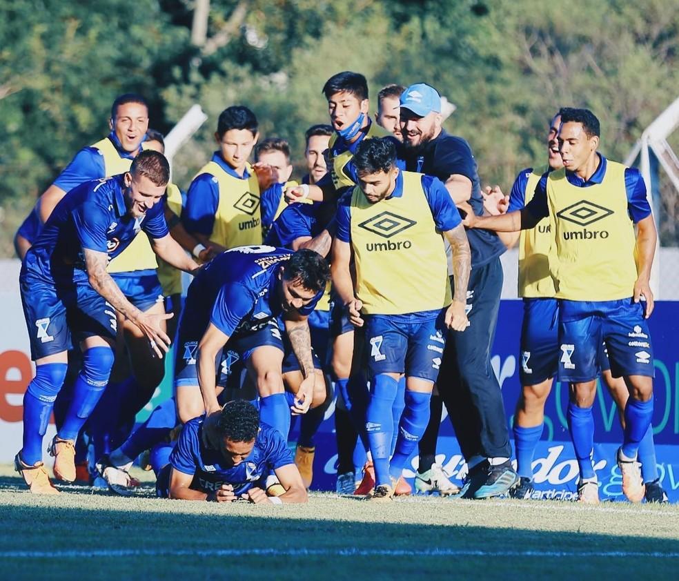 Azuriz disputou a elite do Paranaense pela primeira vez — Foto: Azuriz