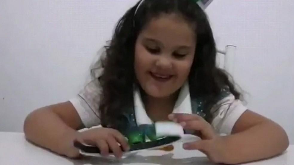Brunna Silveira Lopes, que veio transferida do RN para o Recife em busca de um coração, morreu na tarde deste domingo (7) — Foto: Reprodução/TV Globo