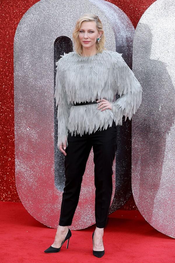 Cate Blanchett de Louis Vuitton na pré-estreia de Oito Mulheres e Um Segredo (Foto: Getty Images)