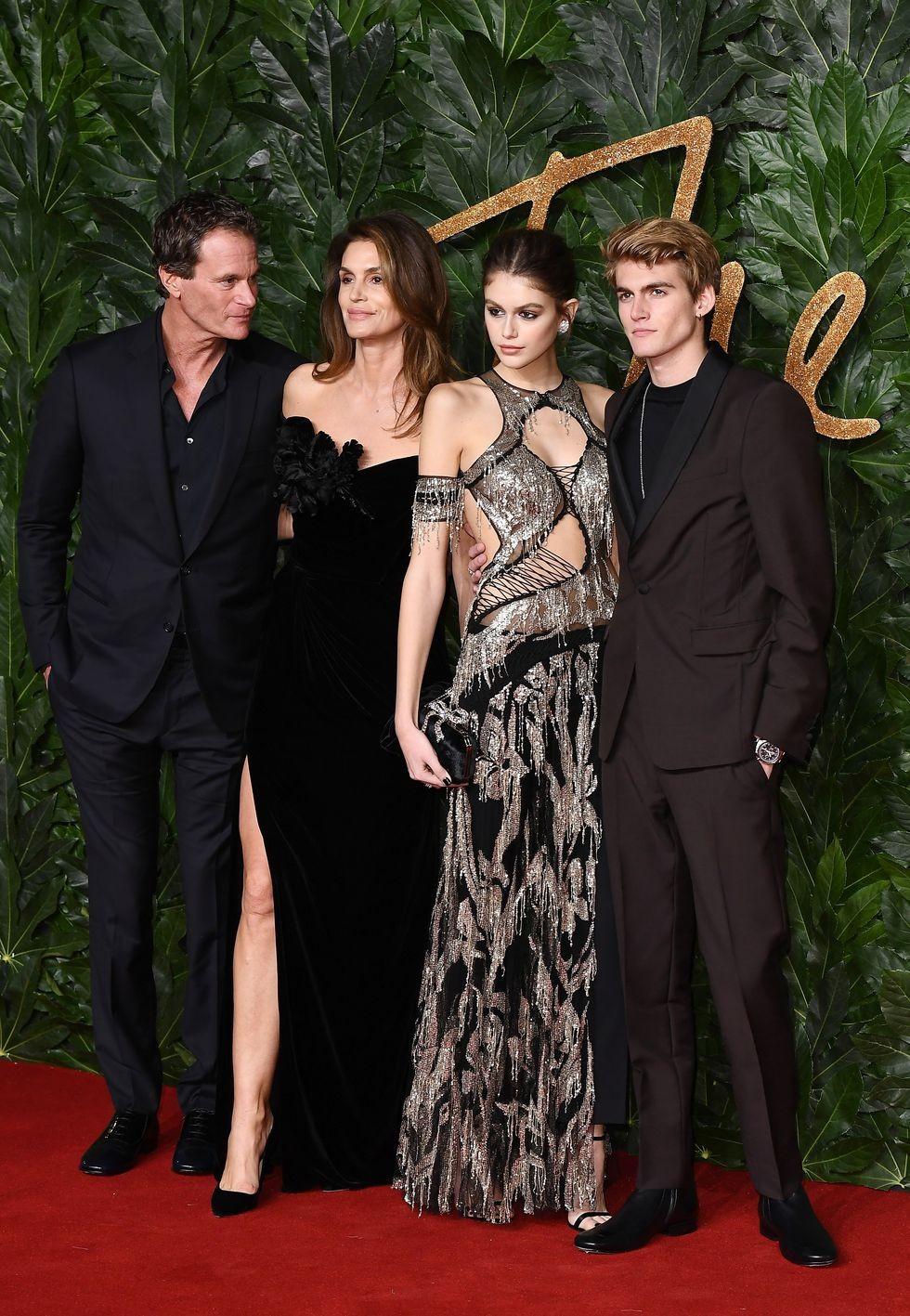 Fashion Awards 2018: um giro pelo red carpet da premiação