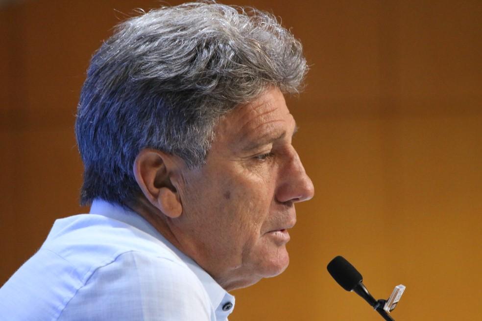 Renato Gaúcho em entrevista coletiva — Foto: Eduardo Moura