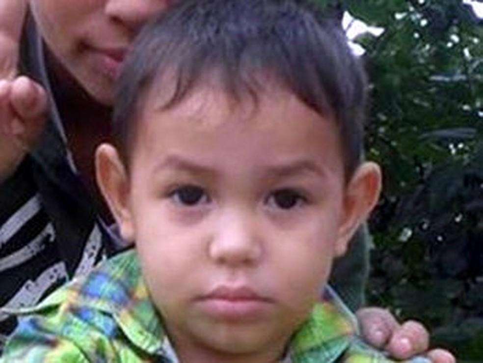 Flavinho aos 2 anos, época em que desapareceu (Foto: Facebook/Reprodução)