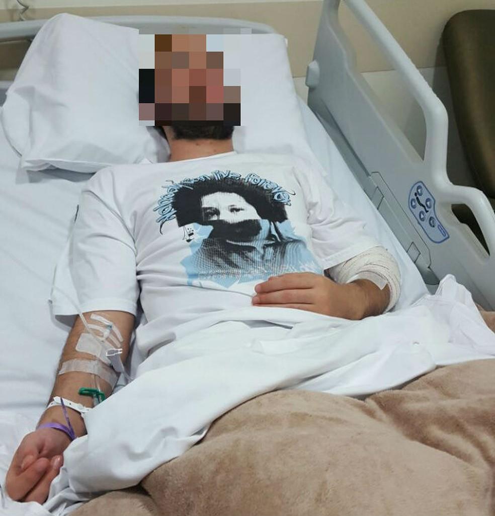 Universitário ficou com um coágulo no cérebro depois de ser espancado em quiosque (Foto: Arquivo Pessoal)