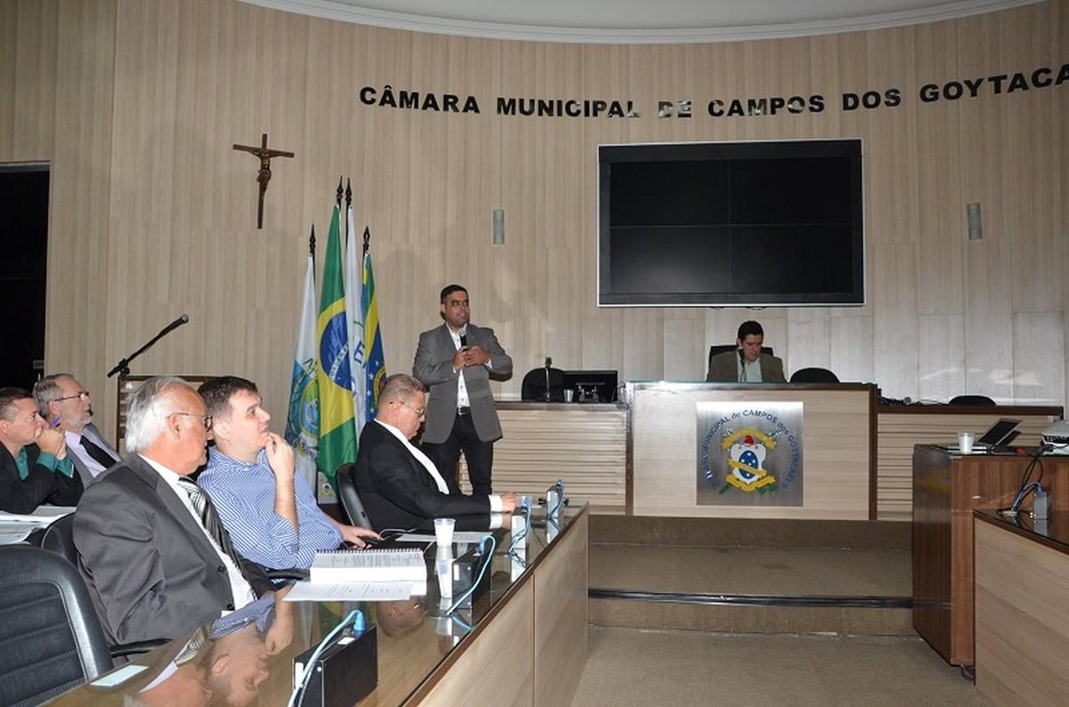 Lei Orçamentária Anual para 2018 é apresentada na Câmara de Vereadores de Campos, no RJ