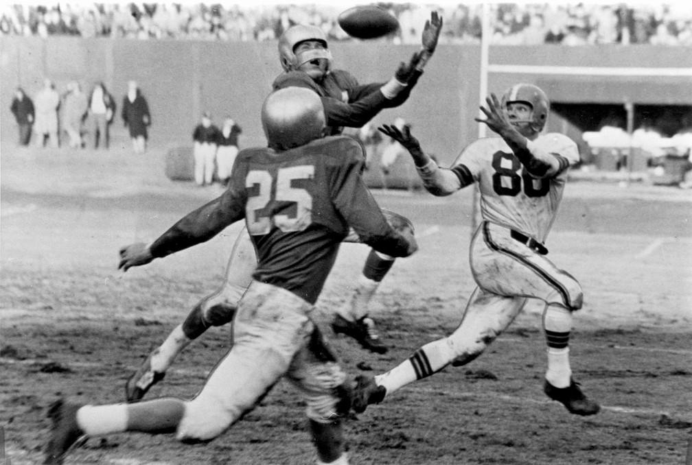 Cleveland Browns e Detroit Lions fizeram três finais seguidas da NFL entre 1952 e 1954 (Foto: Tim Culek/Getty Images)