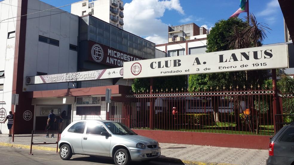 A sede social do Club Atlético Lanús, bastante modesta (Foto: Jorge Luiz Rodrigues)