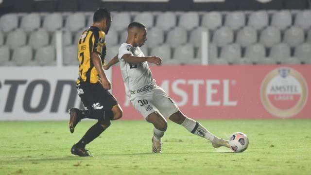 Gol de Lucas Braga em Santos x The Strongest
