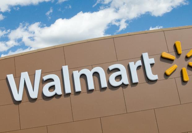 Fachada de unidade da Walmart : gigante do varejo lidera lista da Fortune (Foto: Getty Images/Arquivo)