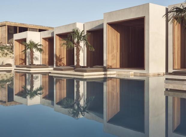 Os quartos dão direto na piscina (Foto: Olea All Suite/  Reprodução)