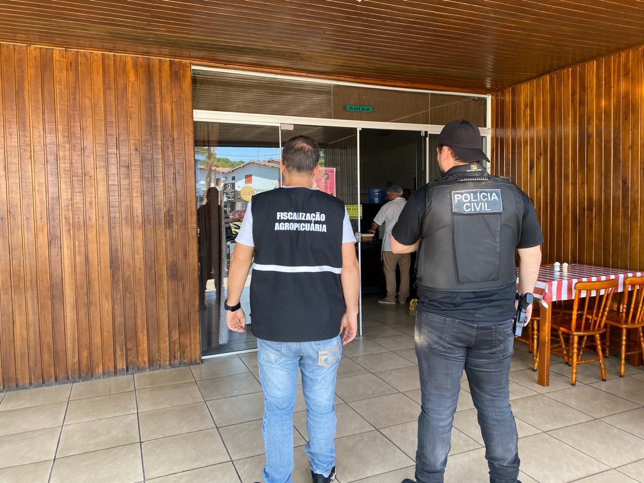 Três frigoríficos suspeitos de comercializar carne sem condições de consumo são interditados no RS - Notícias - Plantão Diário