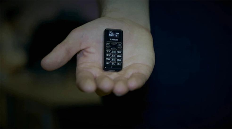 Zanco Tiny T1 é o menor celular do mundo feito para ligações e SMS (Foto: Divulgação/Zanco)