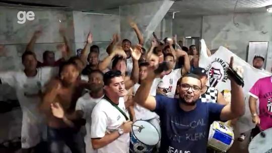 """São Cristóvão se livra da queda, e elenco e torcedores apelam: """"Ronaldo, cadê você?"""""""
