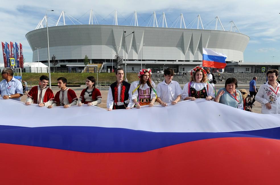 Russos vêm tentando valorizar cultura nacional durante a Copa  (Foto: Reuters)