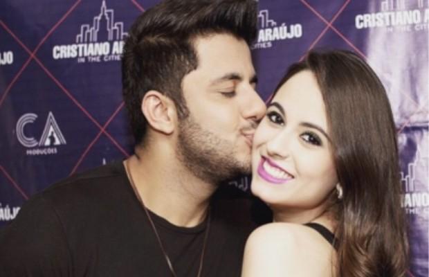Cristiano Araújo e a namorada, a estudante Allana Moraes, Goiânia, Goiás (Foto: Arquivo Pessoal)