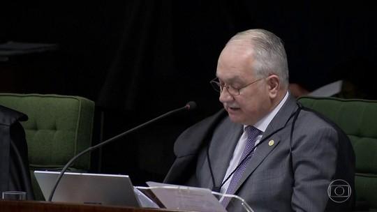 Defesa de Lula entra com ação no STF questionando decisão de Fachin