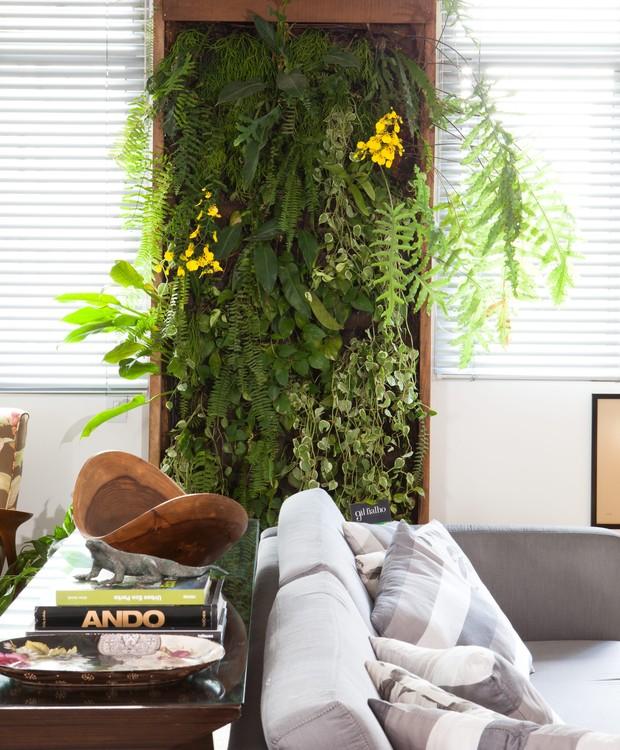 Projeto da designer de interiores Anna Lucia Azevedo e do paisagista Gil Fialho (Foto: Lufe Gomes/Editora Globo)