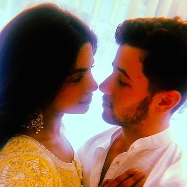 O músico Nick Jonas e a atriz Priyanka Chopra (Foto: Instagram)