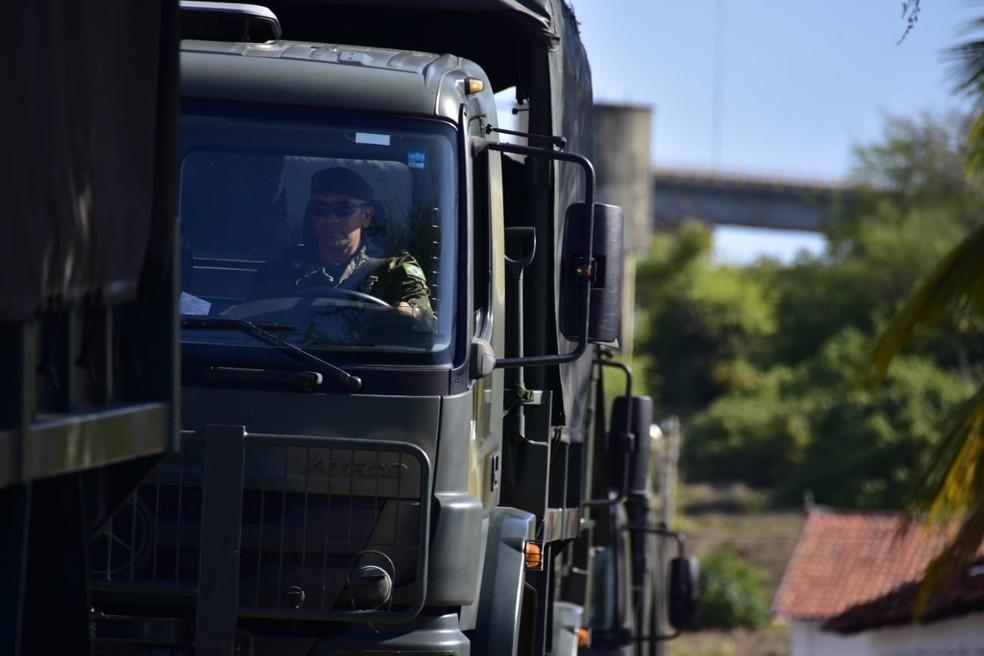 Tropas militares fizeram segurança em 97 cidades potiguares no 1º turno das eleições — Foto: Vitorino Júnior
