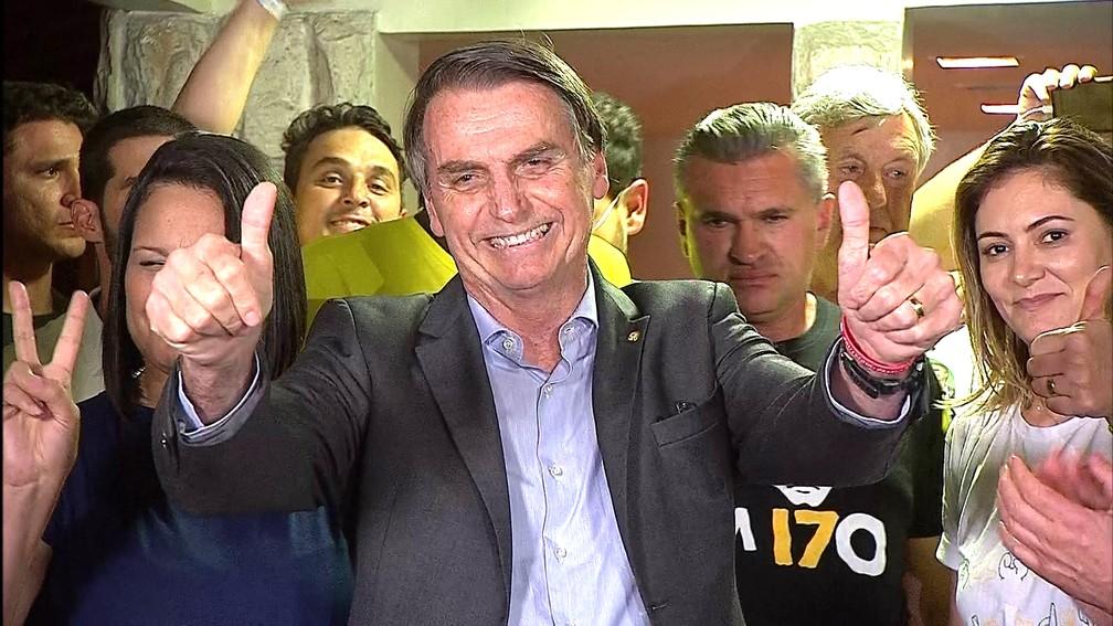 28 de outubro - Bolsonaro concede entrevista após ser eleito presidente — Foto: TV Globo