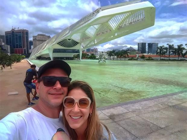 Thyrso Mattos e a mulher, Fernanda Carneiro (Foto: Reprodução / Instagram)