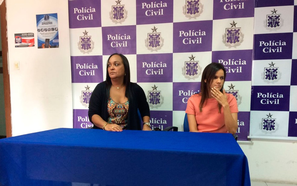 Delegadas falam sobre crime em Itapuã (Foto: Henrique Mendes/G1)