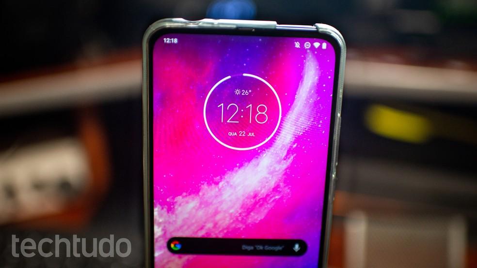 Motorola One Hyper em review: celular com câmera deslizante impressiona — Foto: Rubens Achilles/TechTudo