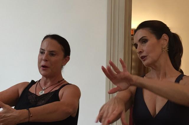 Stella Arauzo com Fátima Bernardes (Foto: Reg Murray)