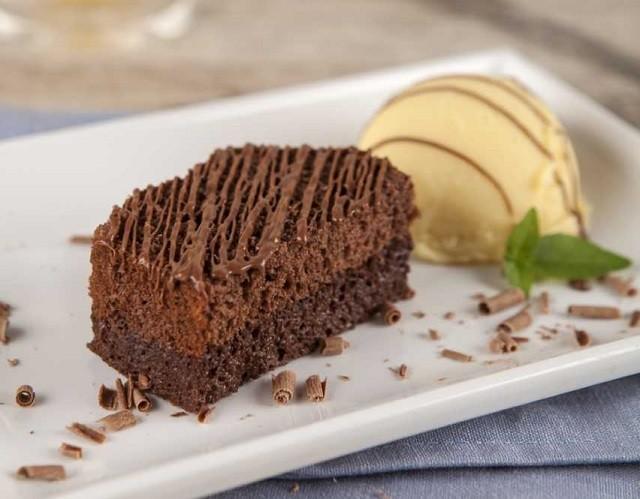 Brownie falso com sorvete da Pullman (Foto: Divulgação)