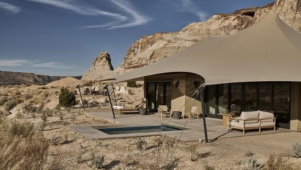 """Deserto nos EUA tem """"acampamento"""" de luxo onde você pode se hospedar"""