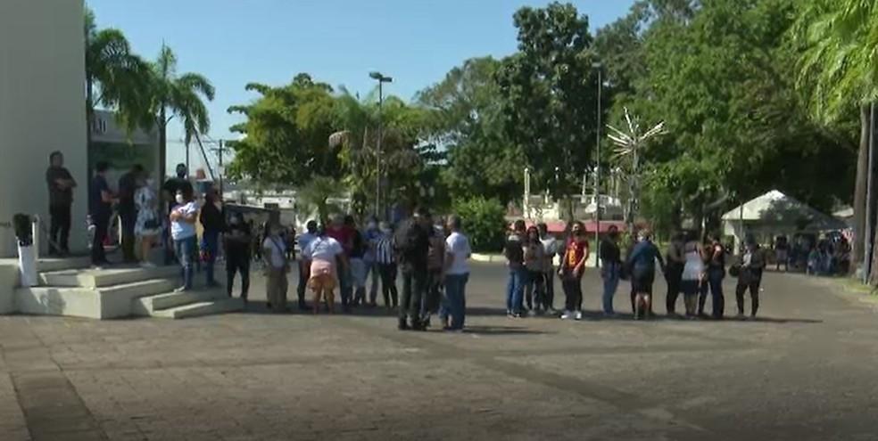 Trabalhadores da Educação reivindicam reformulação do PCCR e o reajuste no piso salarial — Foto: Reprodução/Rede Amazônica