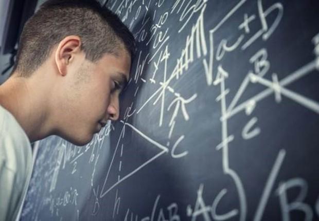 Questões envolvendo mais raciocínio do que fórmulas acabaram tendo alto índice de erros (Foto: Getty Images via BBC)