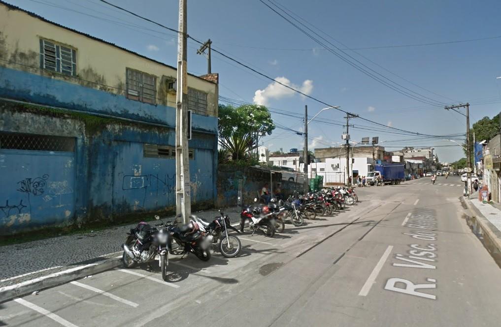 Policial militar aposentado tem arma roubada e é assassinado em Jaboatão dos Guararapes