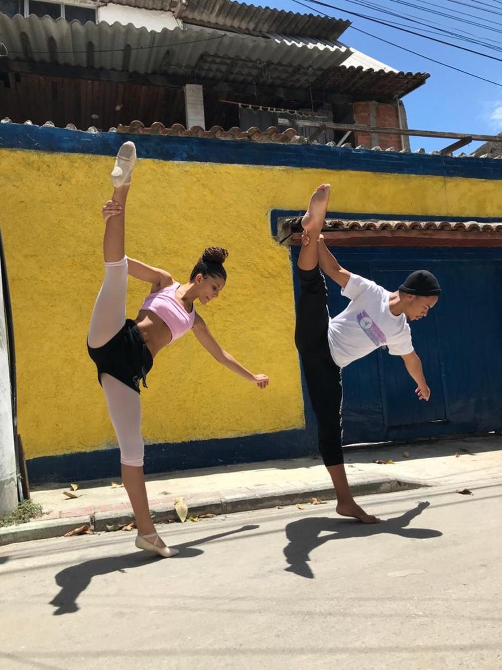 Daniel Coelho e Ana Carolina Baptista arrecadam dinheiro, junto com a bailarina Gabrielle Bezerra, para pagar viagem para fora do Brasil  — Foto: Reprodução/Arquivo pessoal