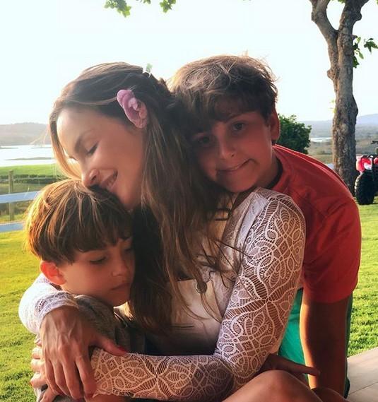Claudia Leitte e os filhos (Foto: Instagram/Reprodução)