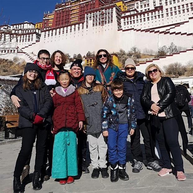 Luciana Gimenez recorda dias de felicidade no Tibet (Foto: Reprodução / Instagram)